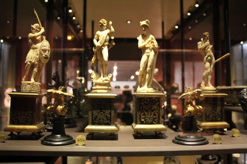 Musée des beaux arts de Rennes statues