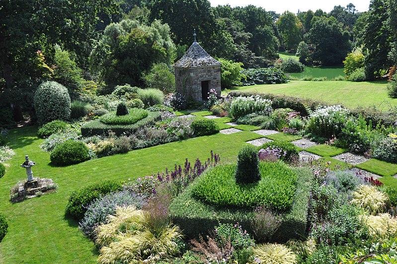 Gardens Kerdalo