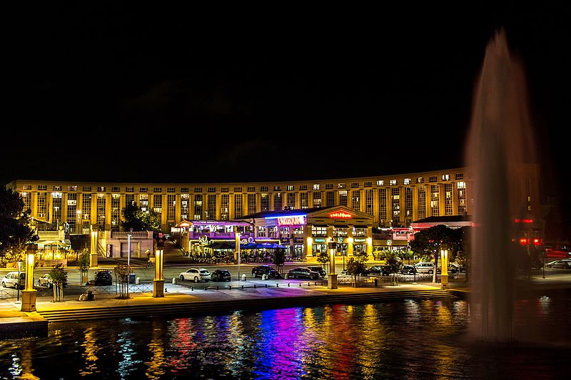 Montpellier at night